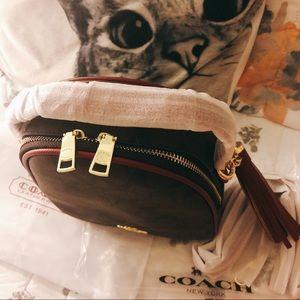 Coach Bags - Coach Two Way Handbag/Crossbody